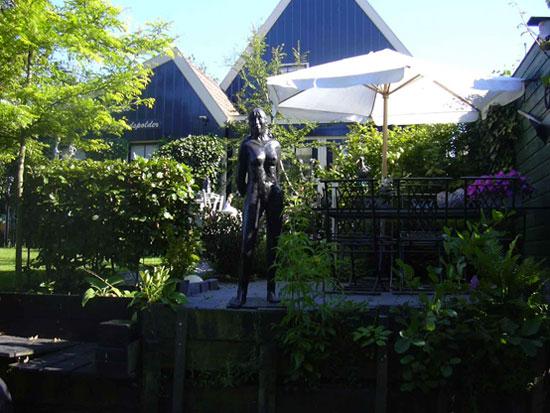 Bezoek galerie de Eilandspolder met een rondvaart